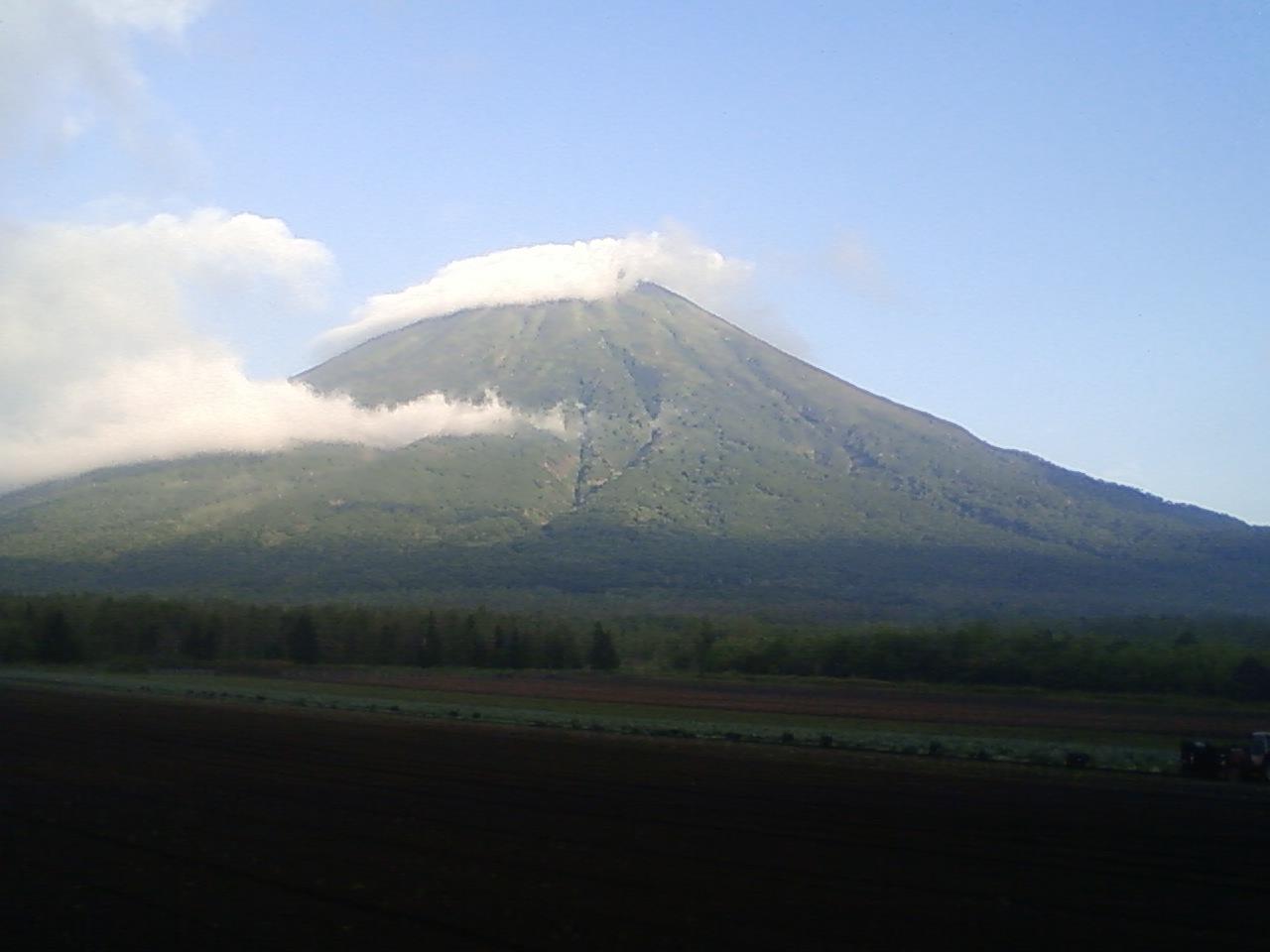 朝の羊蹄山一周び