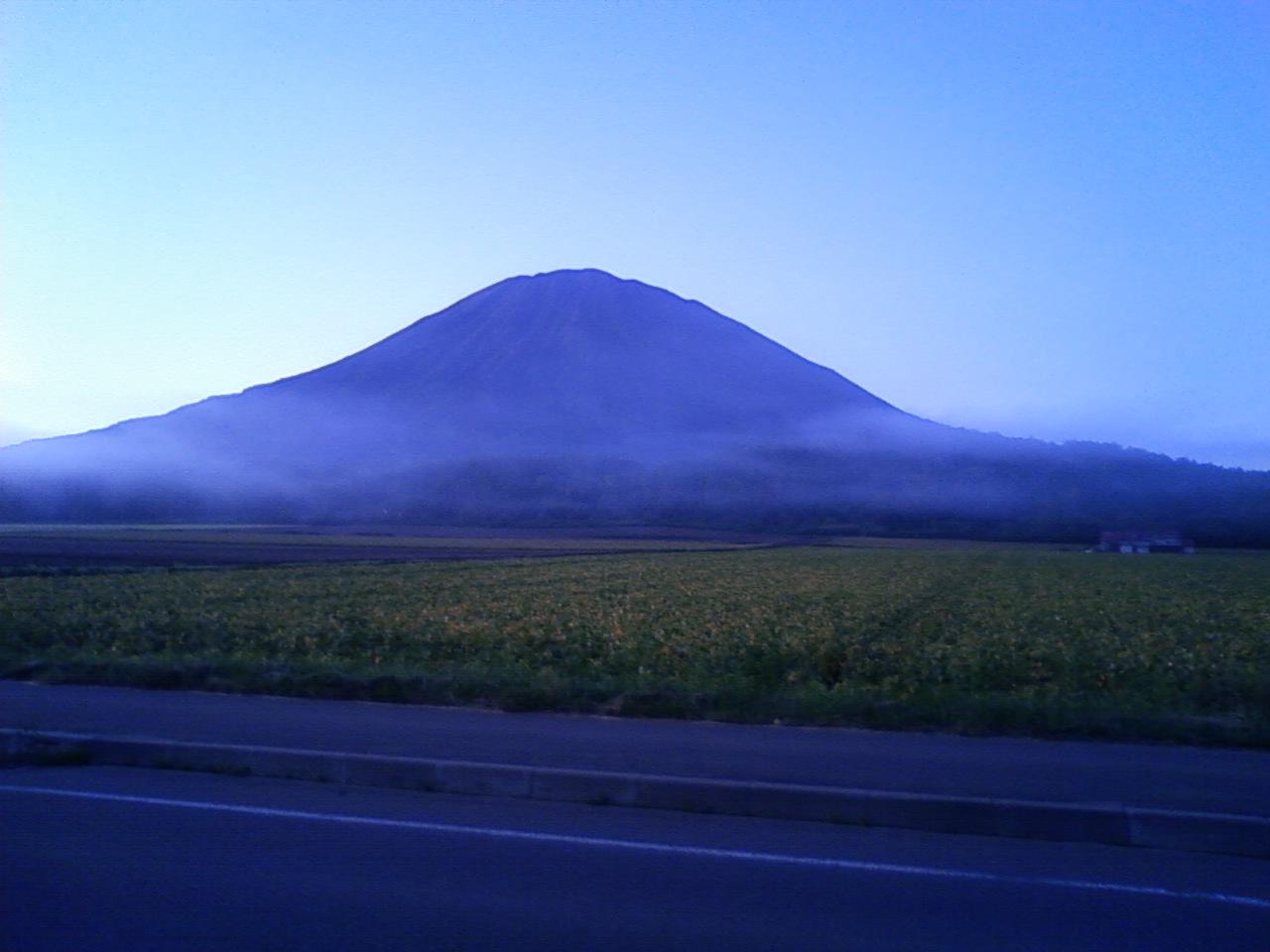 朝の羊蹄山逆まわり2